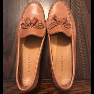 EUC Cole Haan Tan Tassel Loafers - 9
